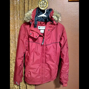 Red faux fur hood Columbia fleece jacket